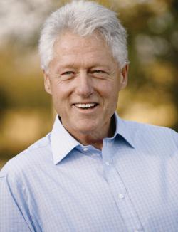 President Clinton skaffade hörapparater och förbättrade därmed sina odds för ett långt liv. Foto: The Clinton Foundation