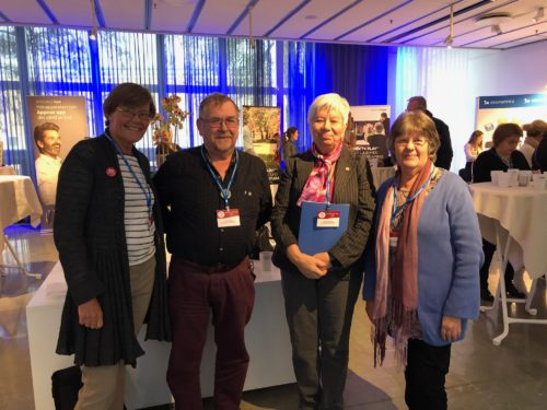 Distriktsordförande Agneta tillsammans med Hans, Inga och Anne-Marie på Audiologisk dag i Linköping
